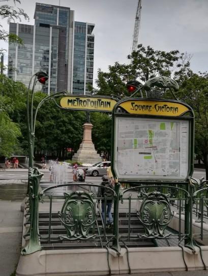 Montréal-métro-francophonie